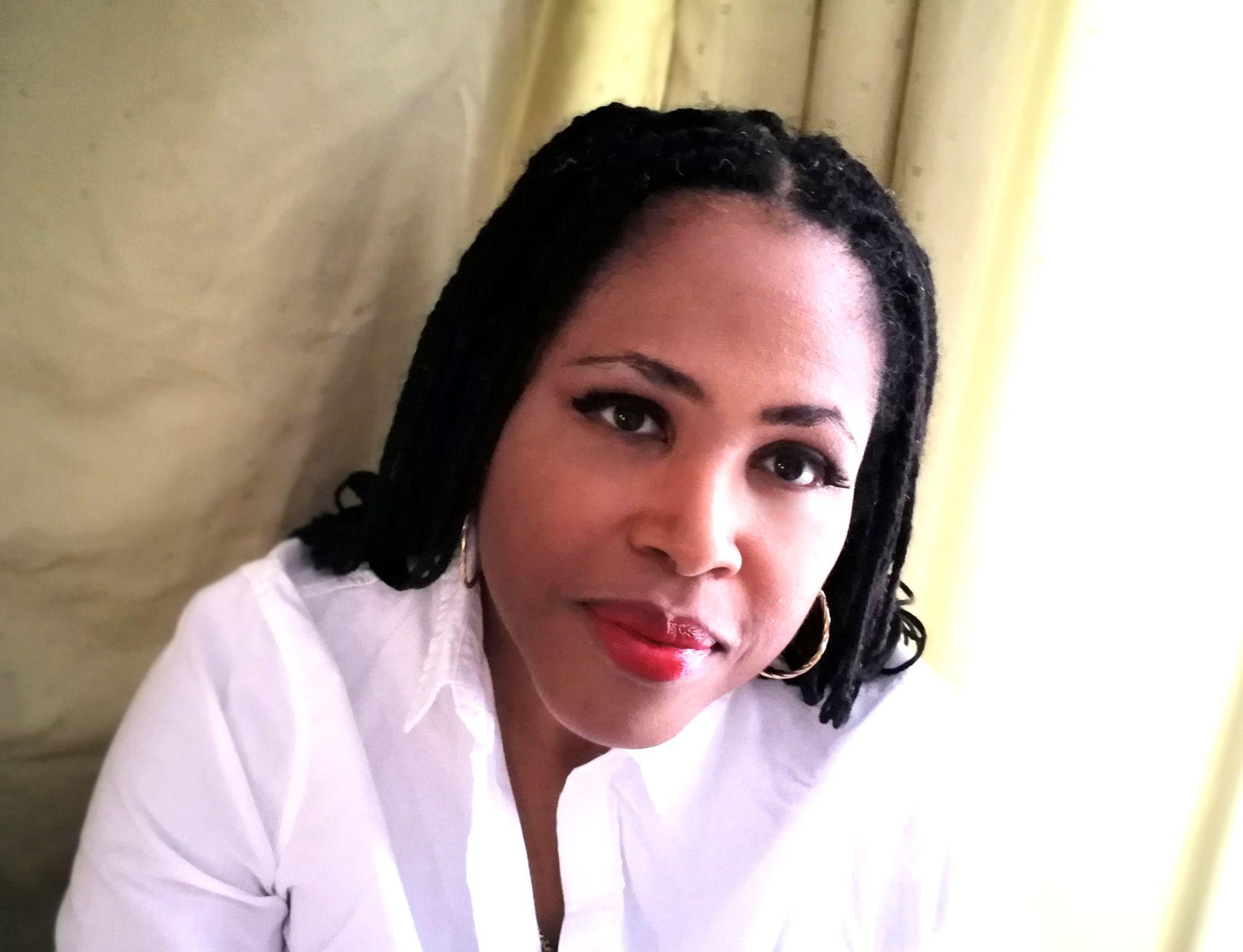 stephanie roberts poet writer 2018.jpg