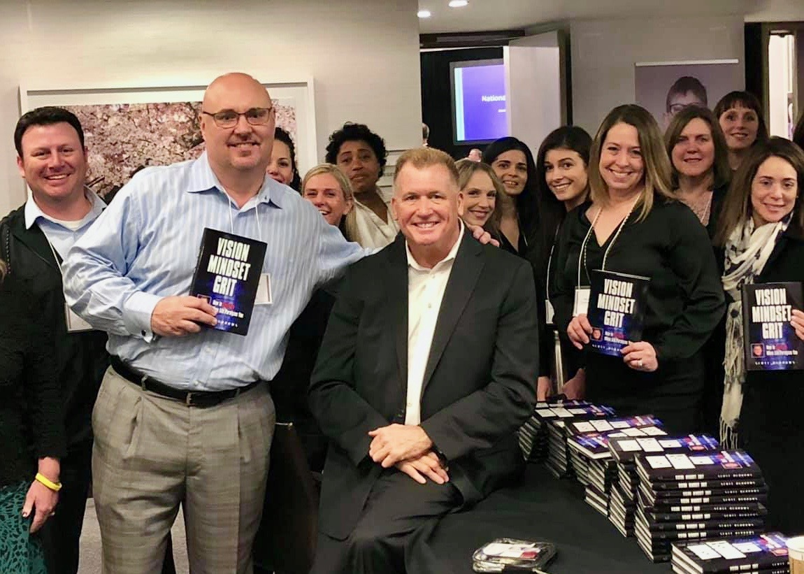 Scott_Burrows_and_Pat_Cicalese_at_booksigning__1_.jpg