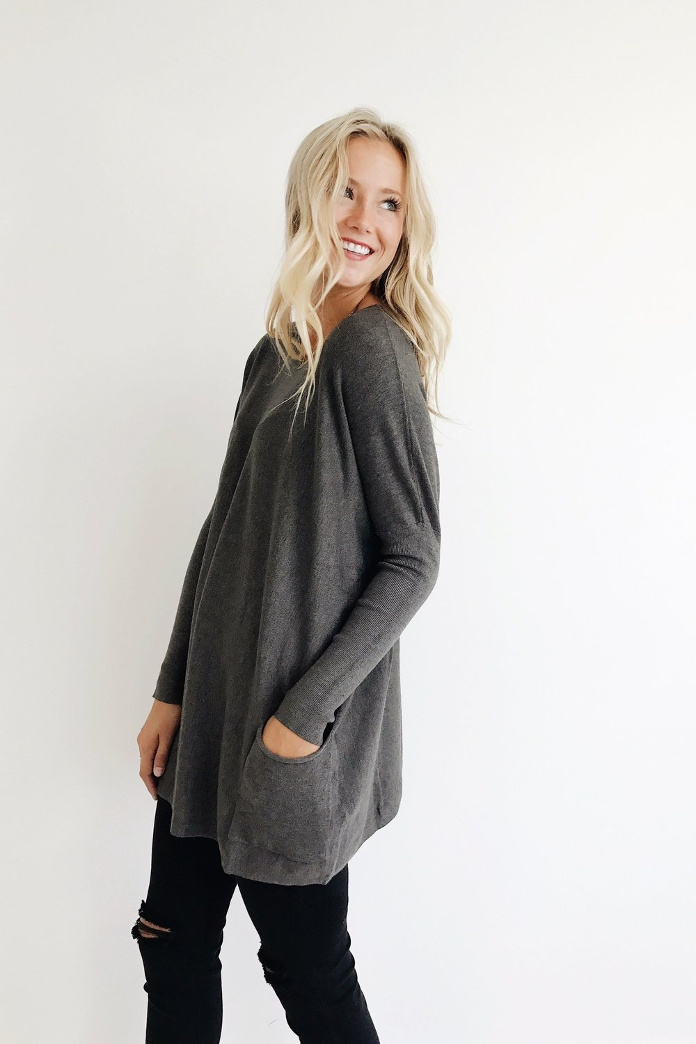 Crispen Pocket Sweater in Charcoal