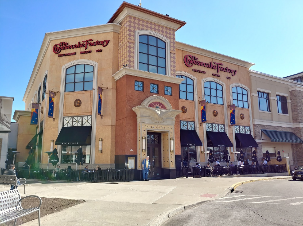 The Cheesecake Factory - Hackensack, NJ