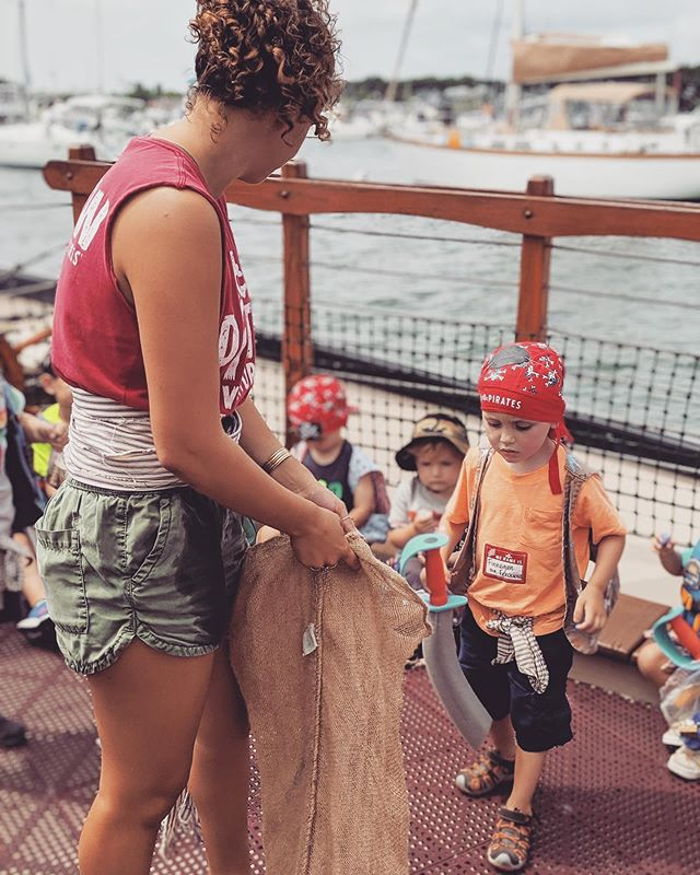 There's only one week of summer left🌞Make sure you get on our ship while you still can 🏴‍☠️ . . . #summer #august #almostover #grog #pirateship #pirateadventures #mvpirates #pamv #ship #tour #family #kids #mvstyle #islandlife