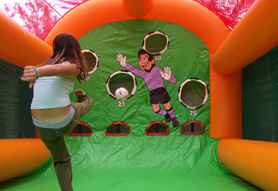 Soccer-Shoot-Out-Amusement-Ride-for-Hire (1).jpg