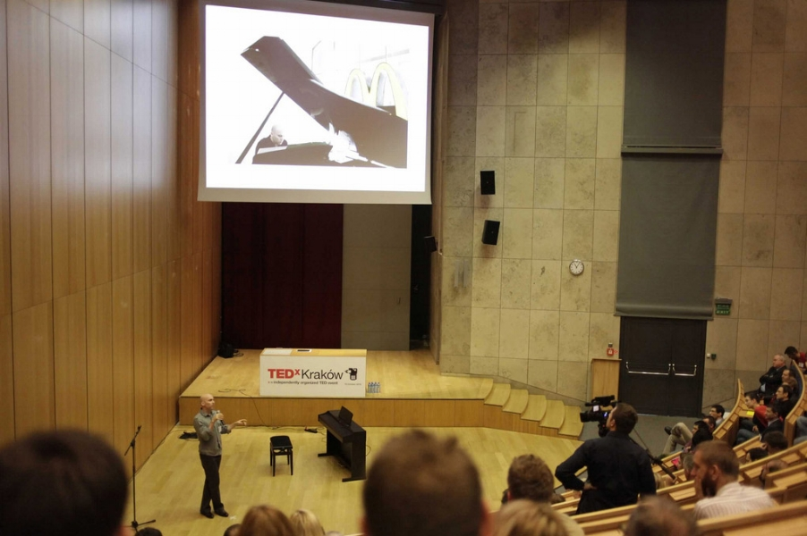 Performance and talk at TEDx Krakow