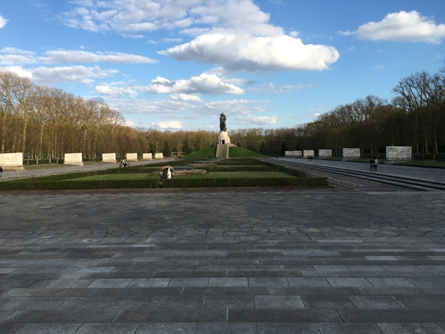 Treptower - 5 of 29.jpg