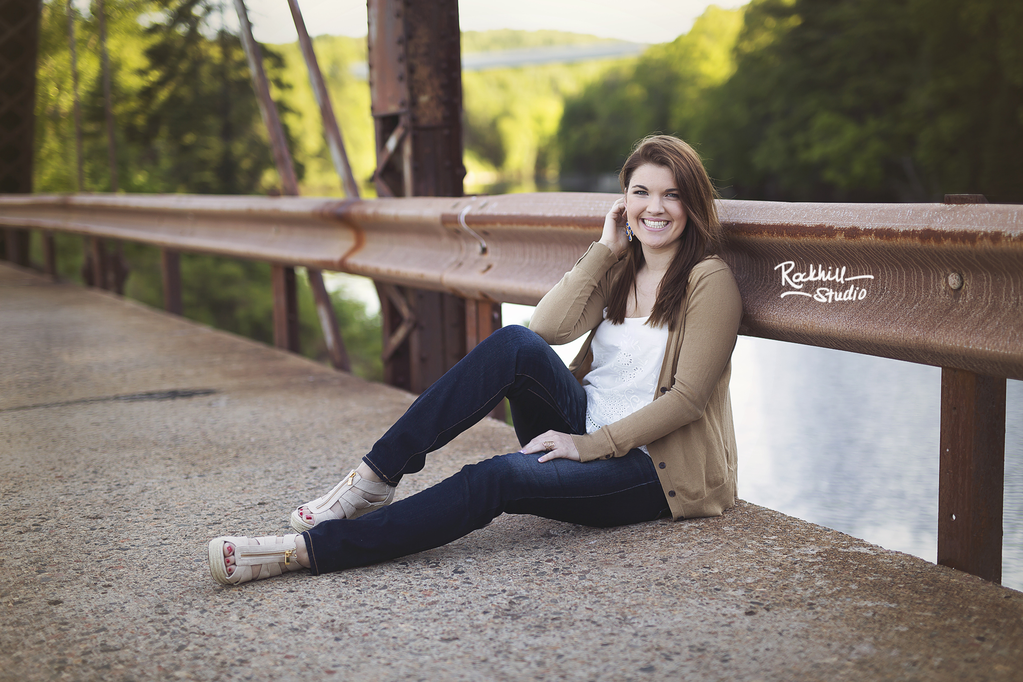 marquette-senior-photographer-michigan-upper-peninsula-3.jpg