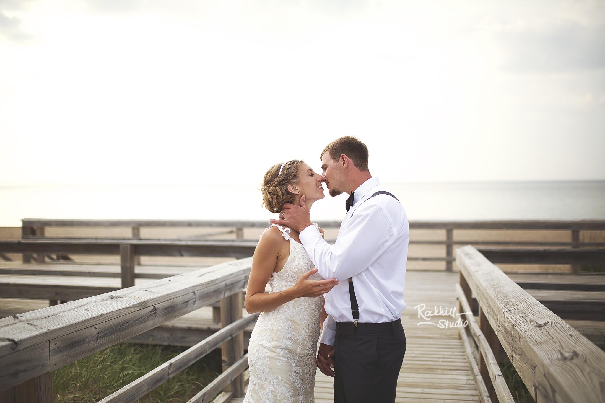 grand-marais-wedding-photographer-lake-superior-michigan-rockhill-2.jpg
