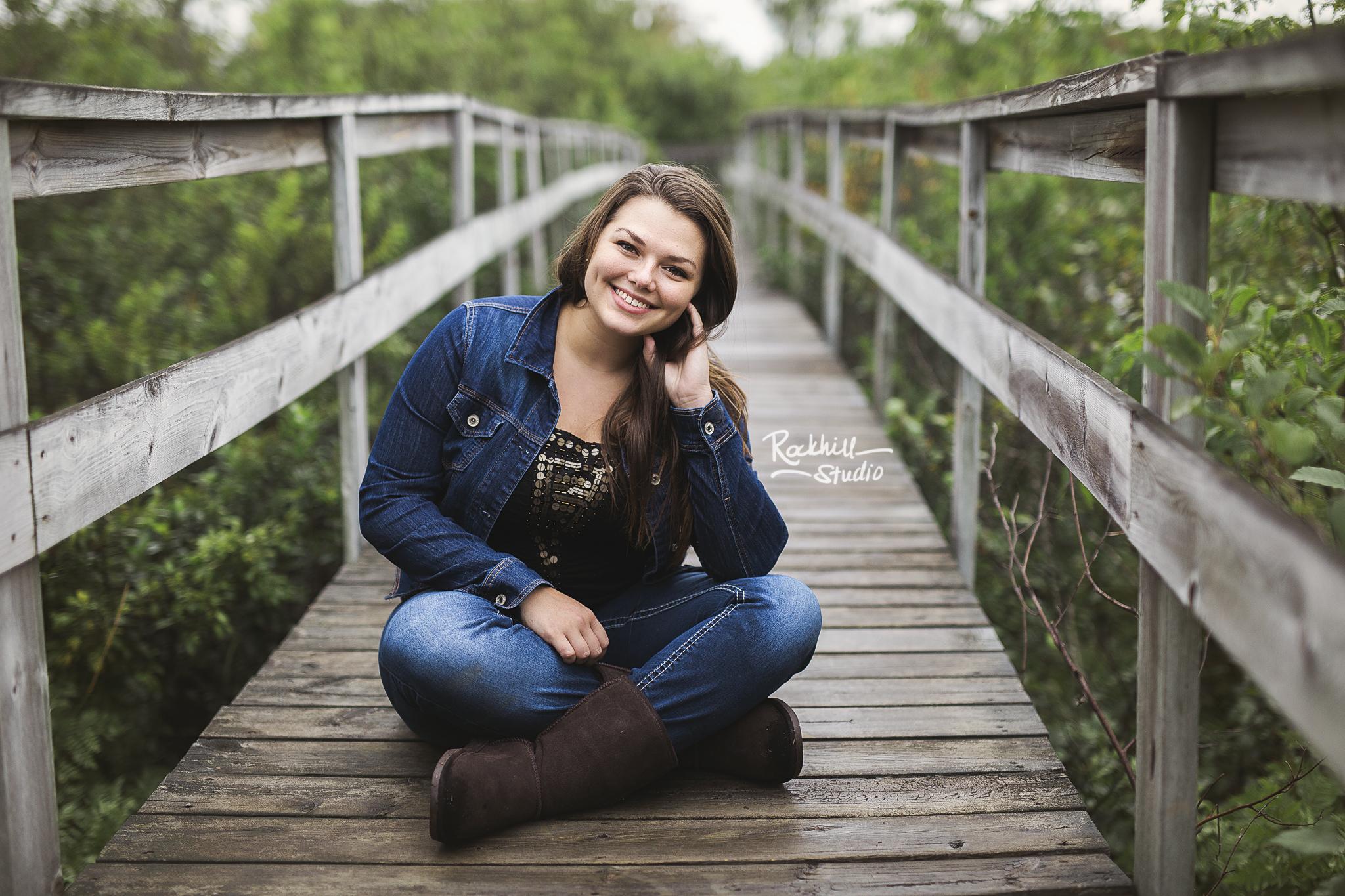 upper-peninsula-senior-photographer-marquette-rockhill-studio-michigan-girl-boardwalk.jpg
