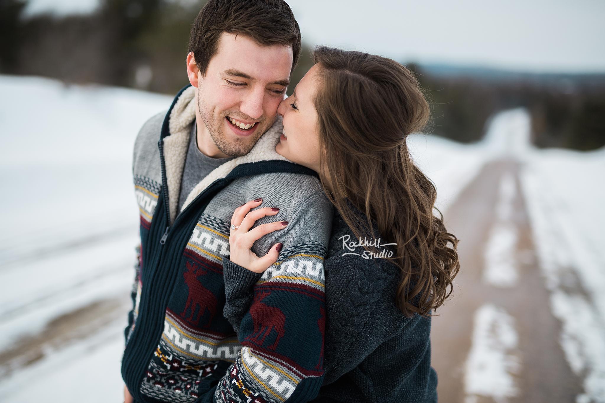 northern-michigan-wedding-photography-rockhill-studio-winter-engagement-1.jpg