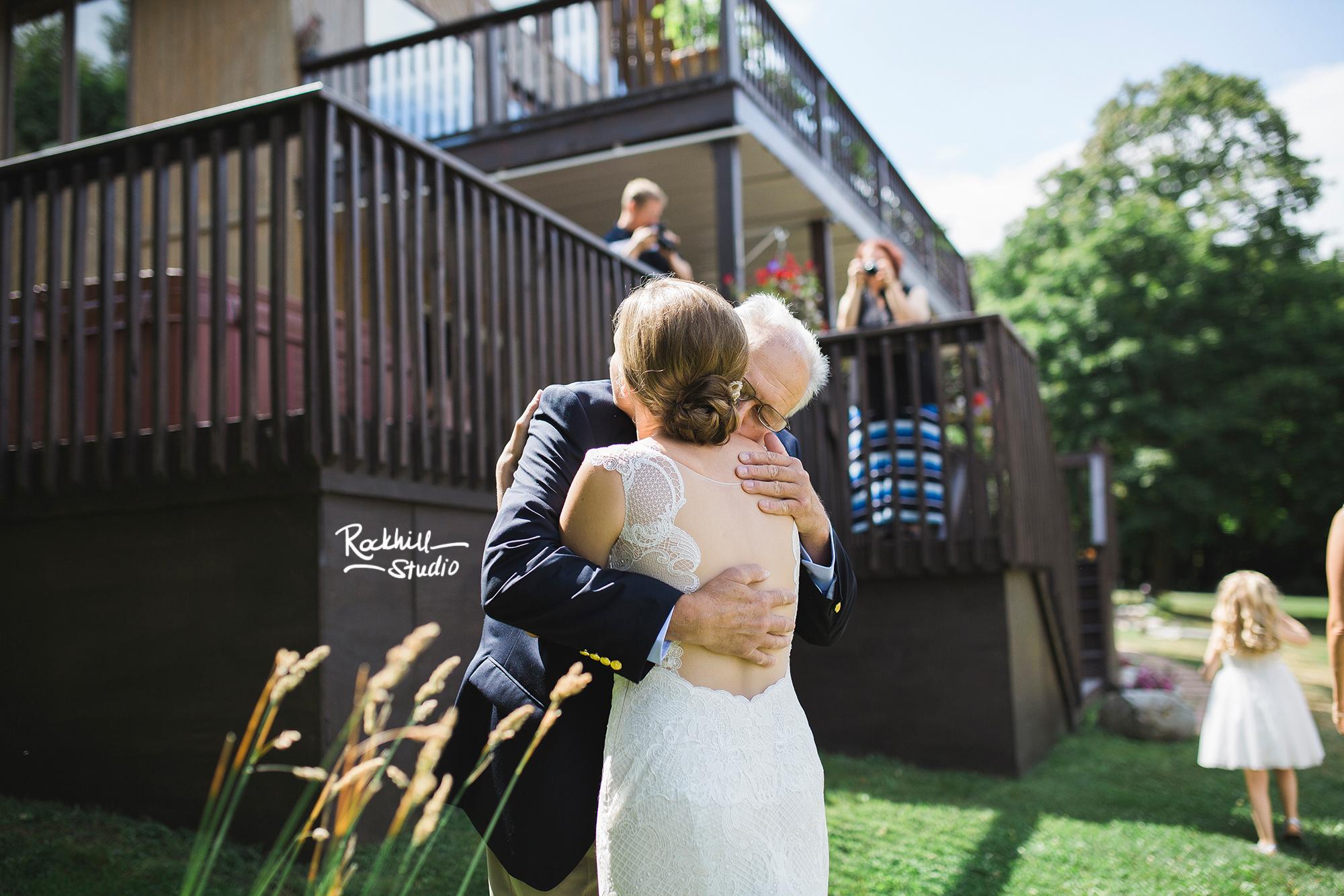 grand-marais-wedding-photographer-upper-peninsula-northern-michigan-rockhill-17.jpg