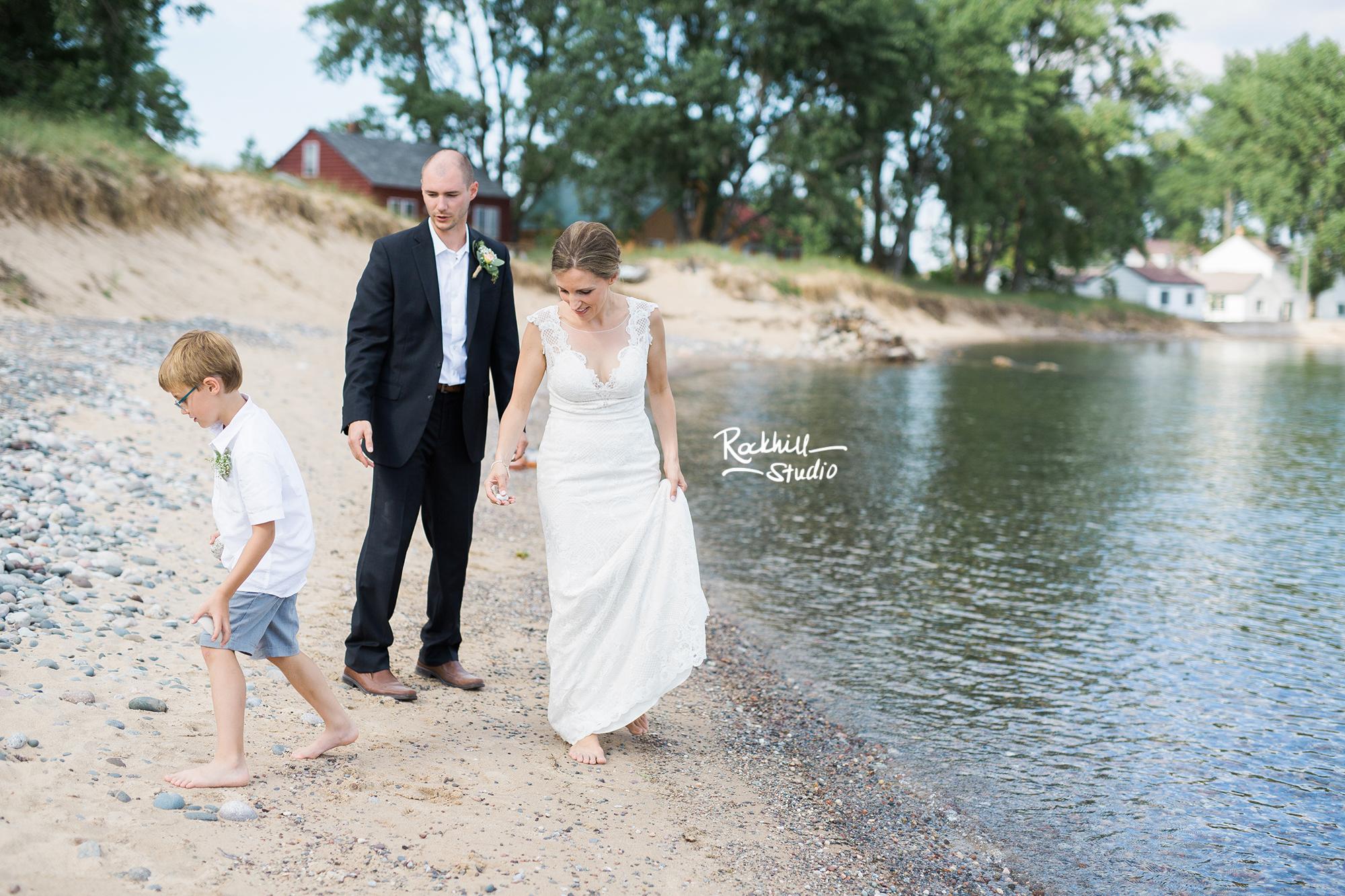 grand-marais-wedding-photography-upper-peninsula-northern-michigan-rockhill-56.jpg