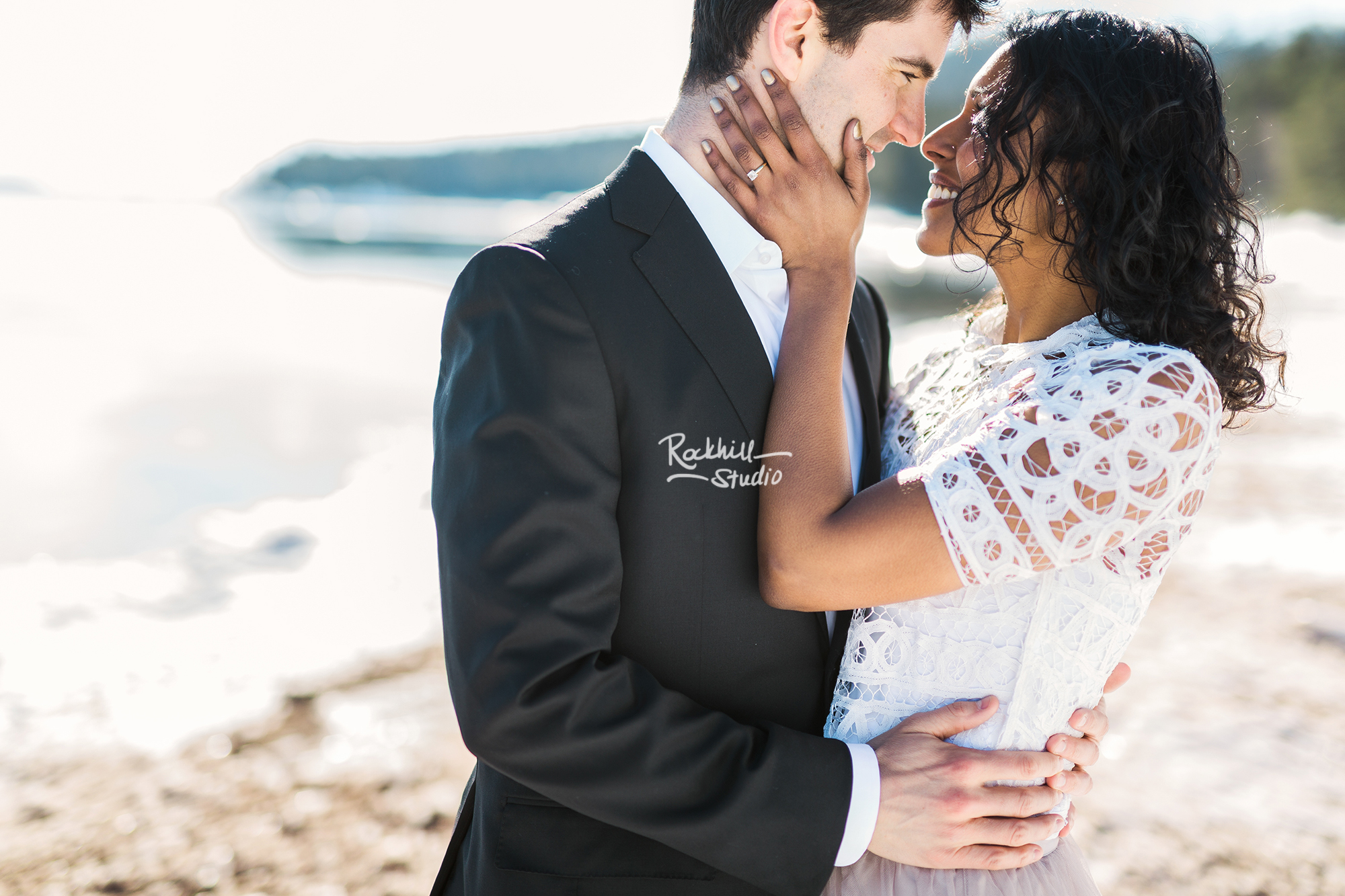 northern-michigan-wedding-marquette-engagement-upper-peninsula-michigan-rockhill-winter-18.jpg