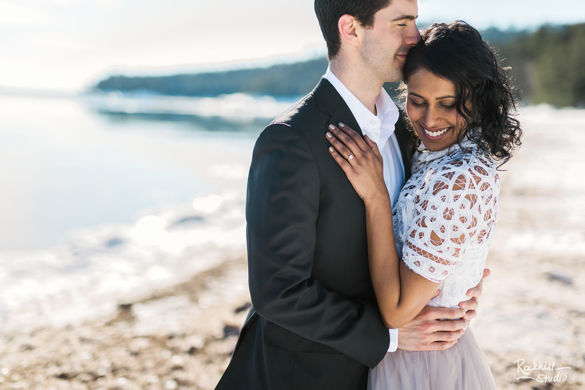 northern-michigan-wedding-marquette-engagement-upper-peninsula-michigan-rockhill-winter-21.jpg