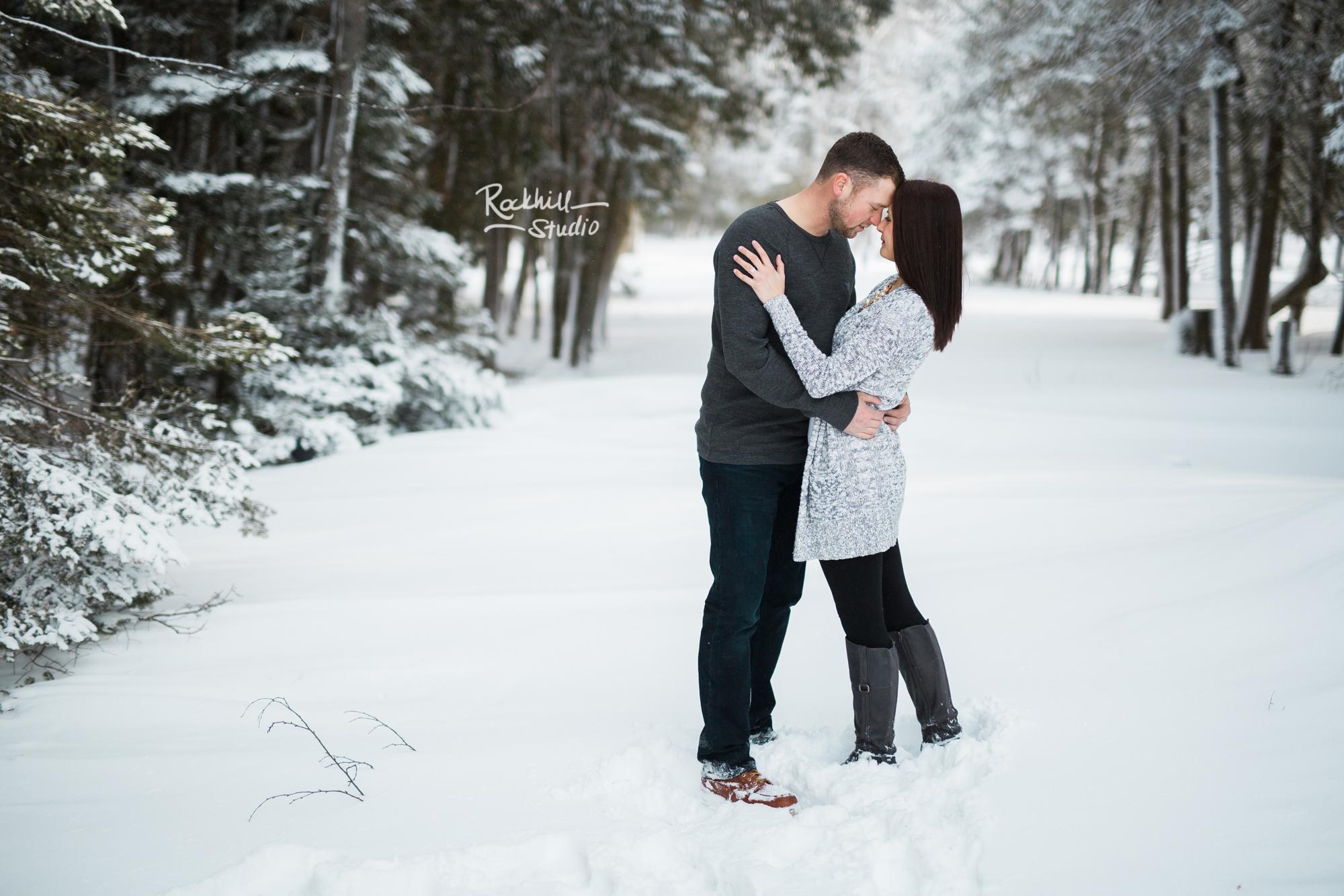 northern-michigan-engagement-photogrpher-wedding-manistique-winter-indian-springs-16.jpg
