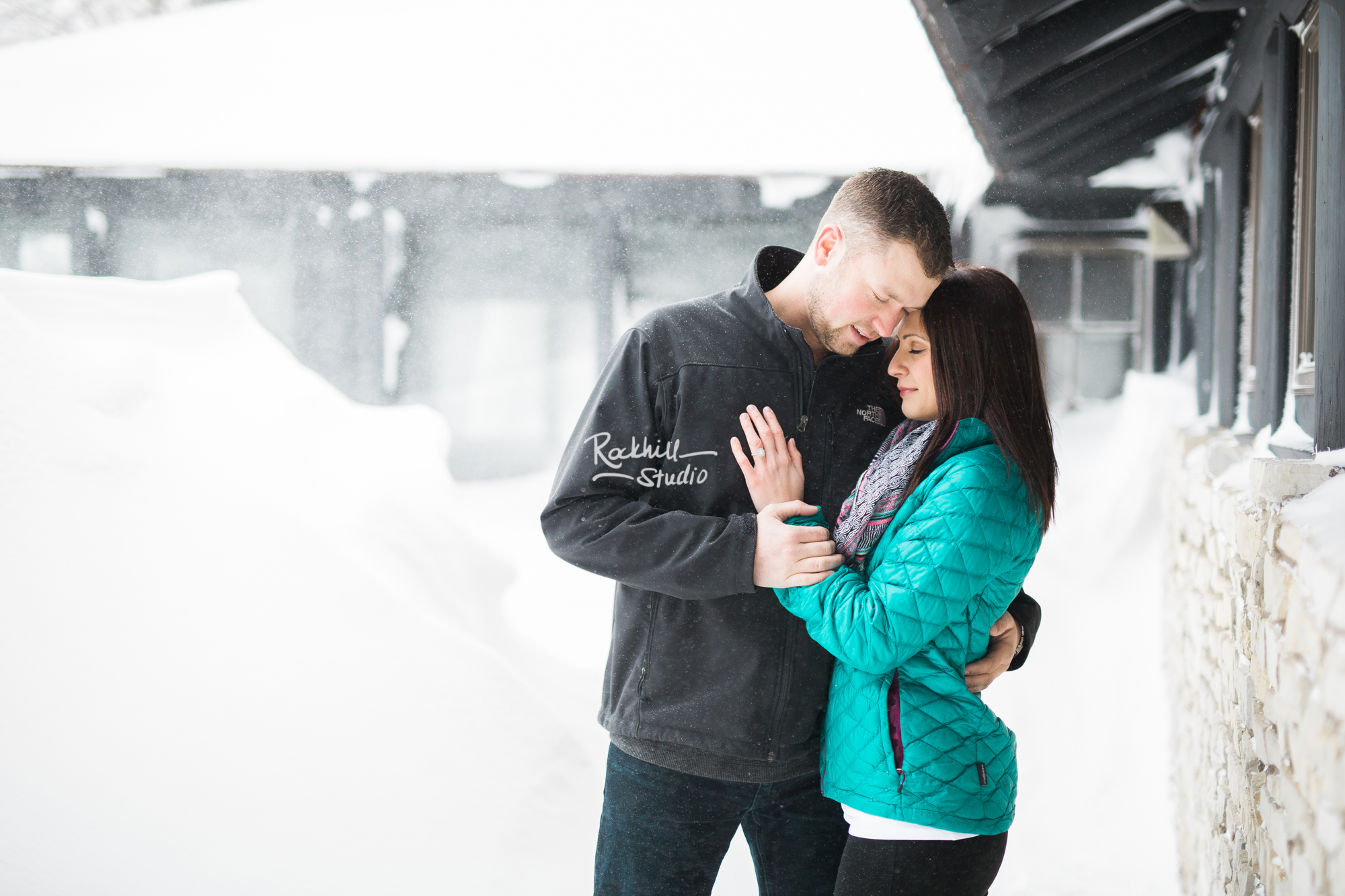 northern-michigan-engagement-photogrpher-wedding-manistique-winter-indian-springs-19.jpg