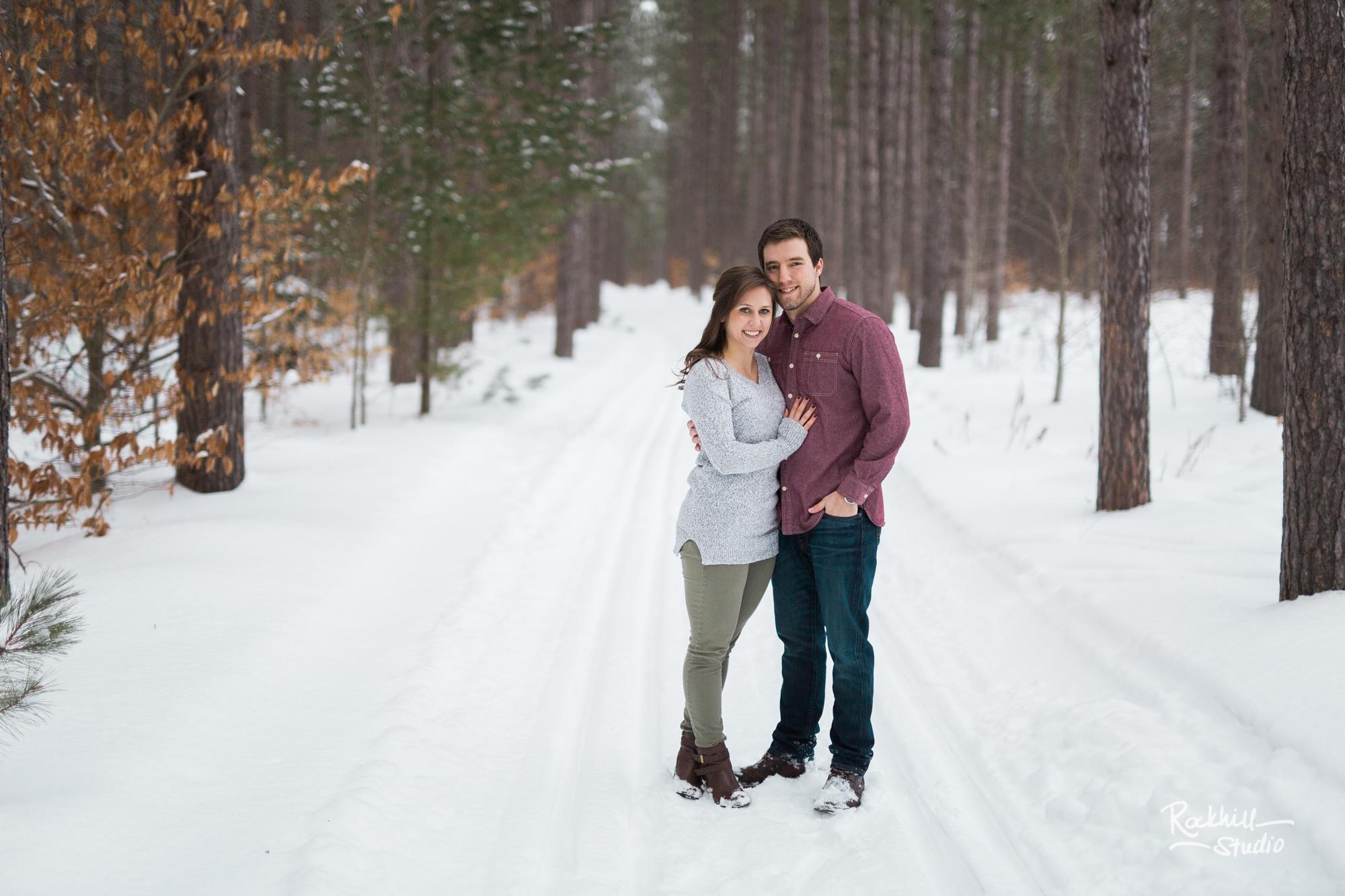 rockhill-studio-northern-michigan-engagement-photography-upper-peninsula-marquette-wedding-winter-22.jpg