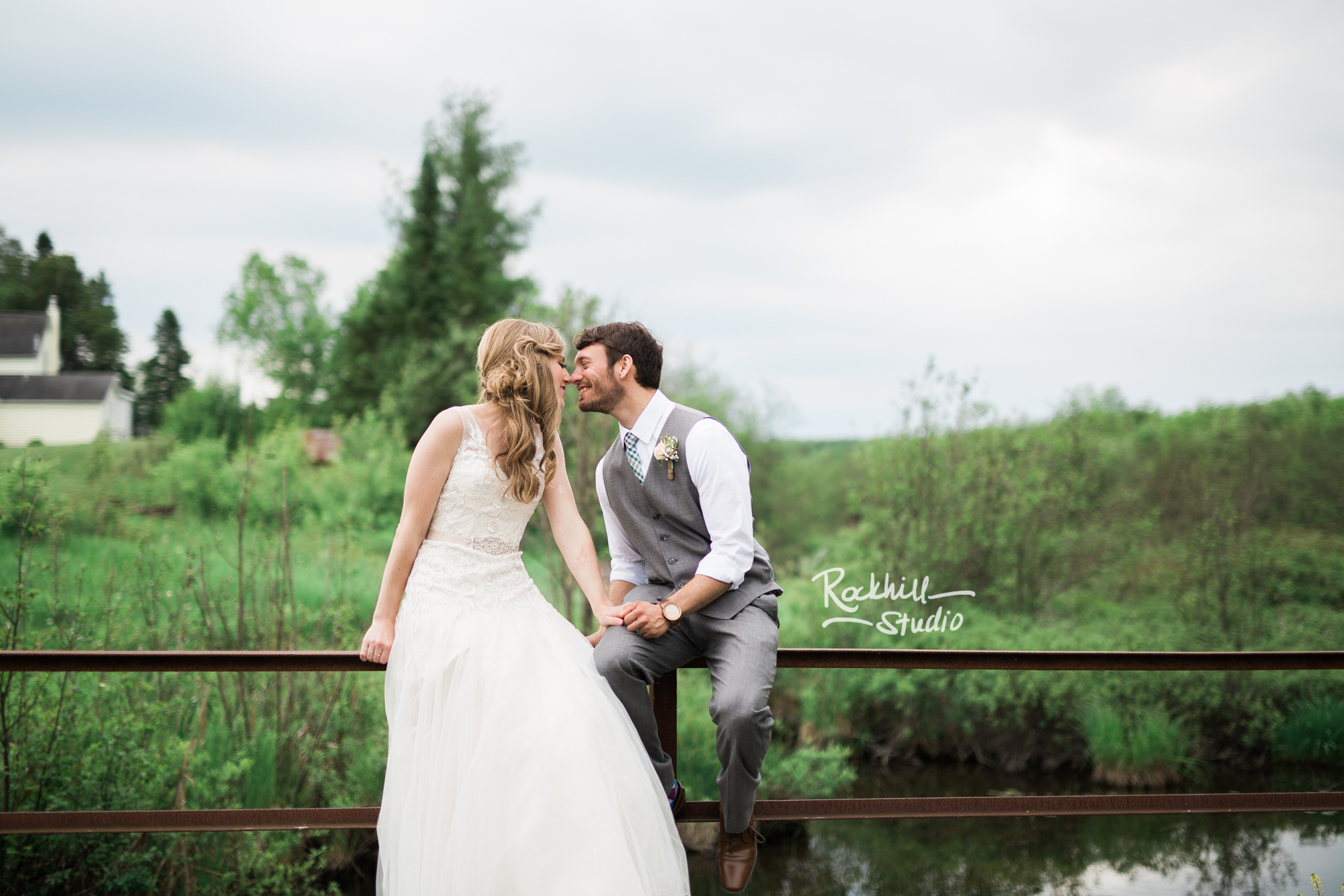 marquette-michigan-wedding-upper-peninsula-spring-photography-rockhill-ee-53.jpg