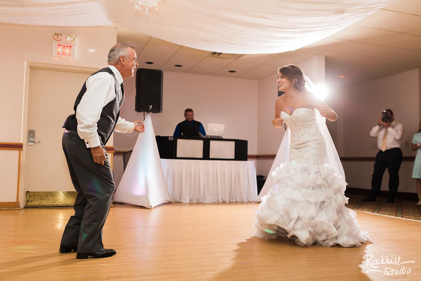 marquette-wedding-upper-peninsula-northern-michigan-wedding-ck-photography-ramada-9.jpg