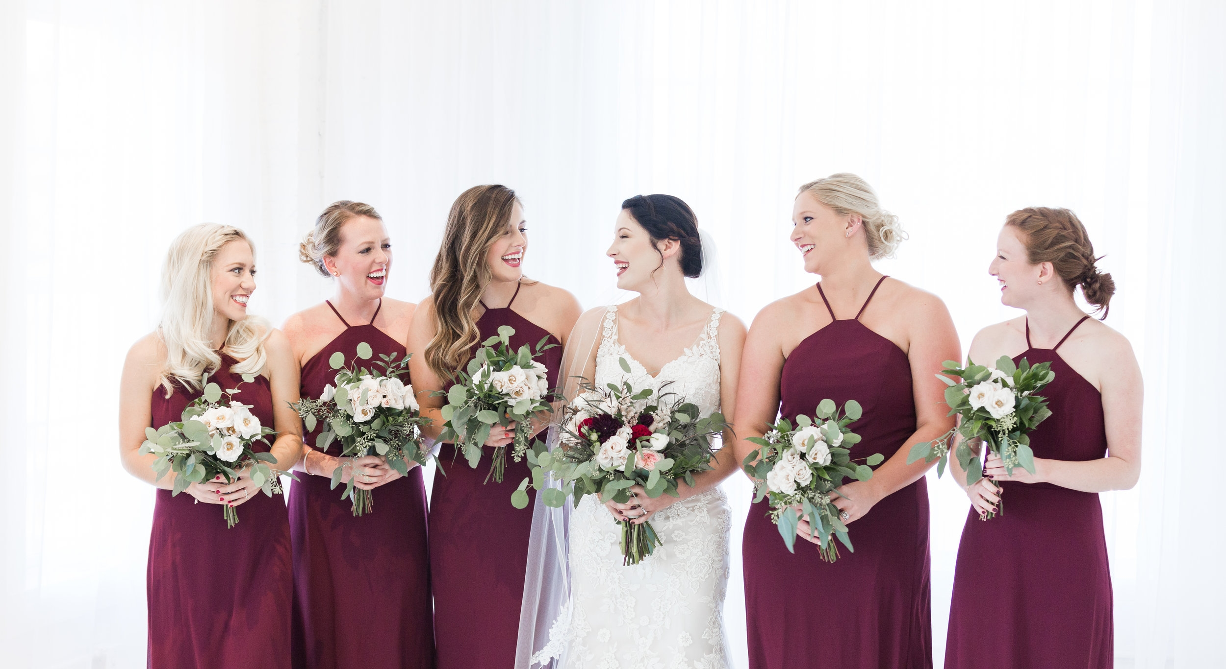 bridal-party-louisville-wedding-photographer-the-belles-photo-belles-bridal-room.jpg