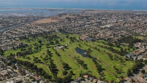 Meadowlark Golf - Total Holes: 18Par: 70Year Opened: 1922Tees (Grass Type): Bermuda & KikuyuFairways (Grass Type): Bermuda & KikuyuGreens (Grass Type): Poa AnnuaDesigner: William P. Bell