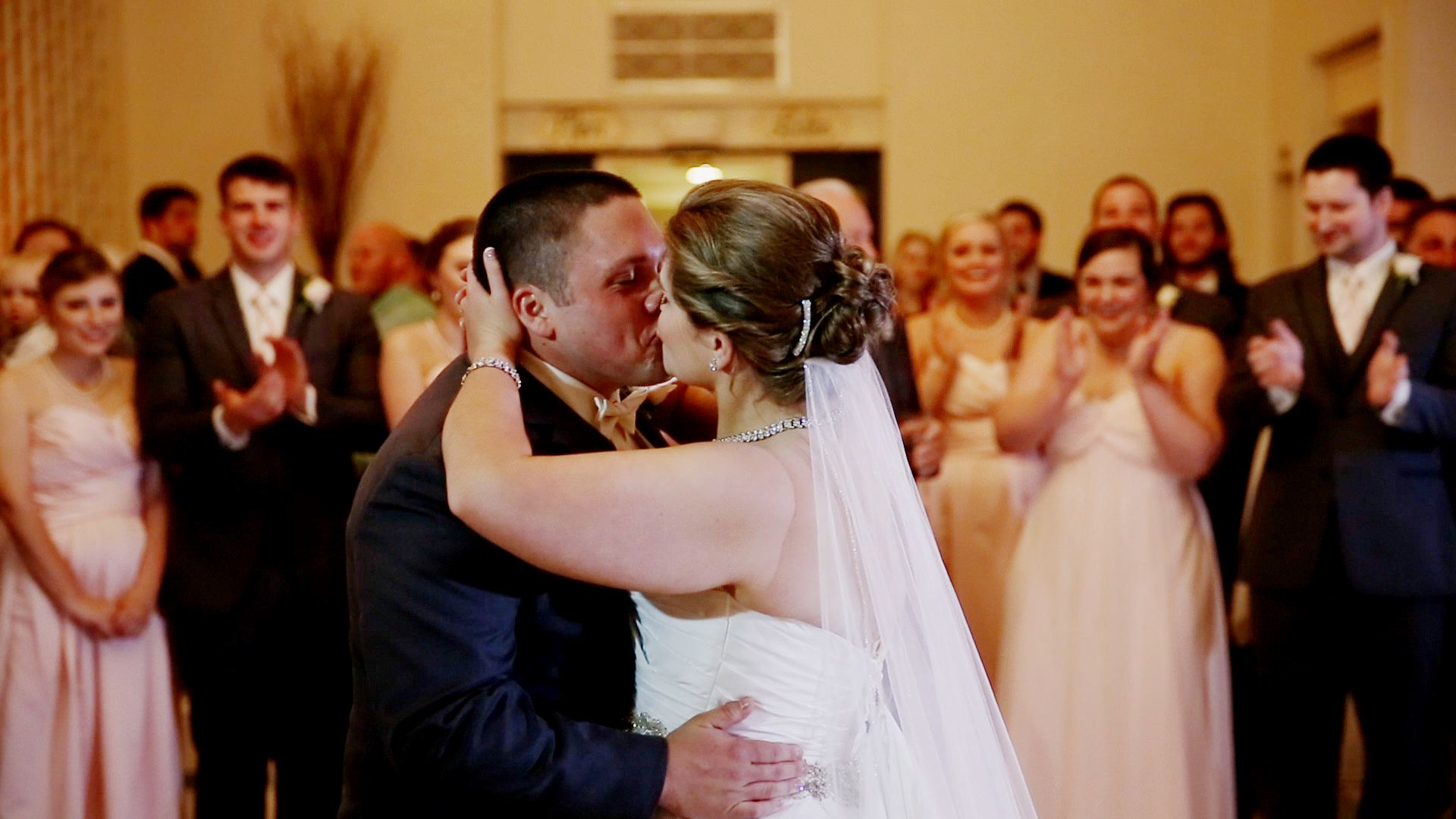 The first dance is always one of our favorite moment for our couples.