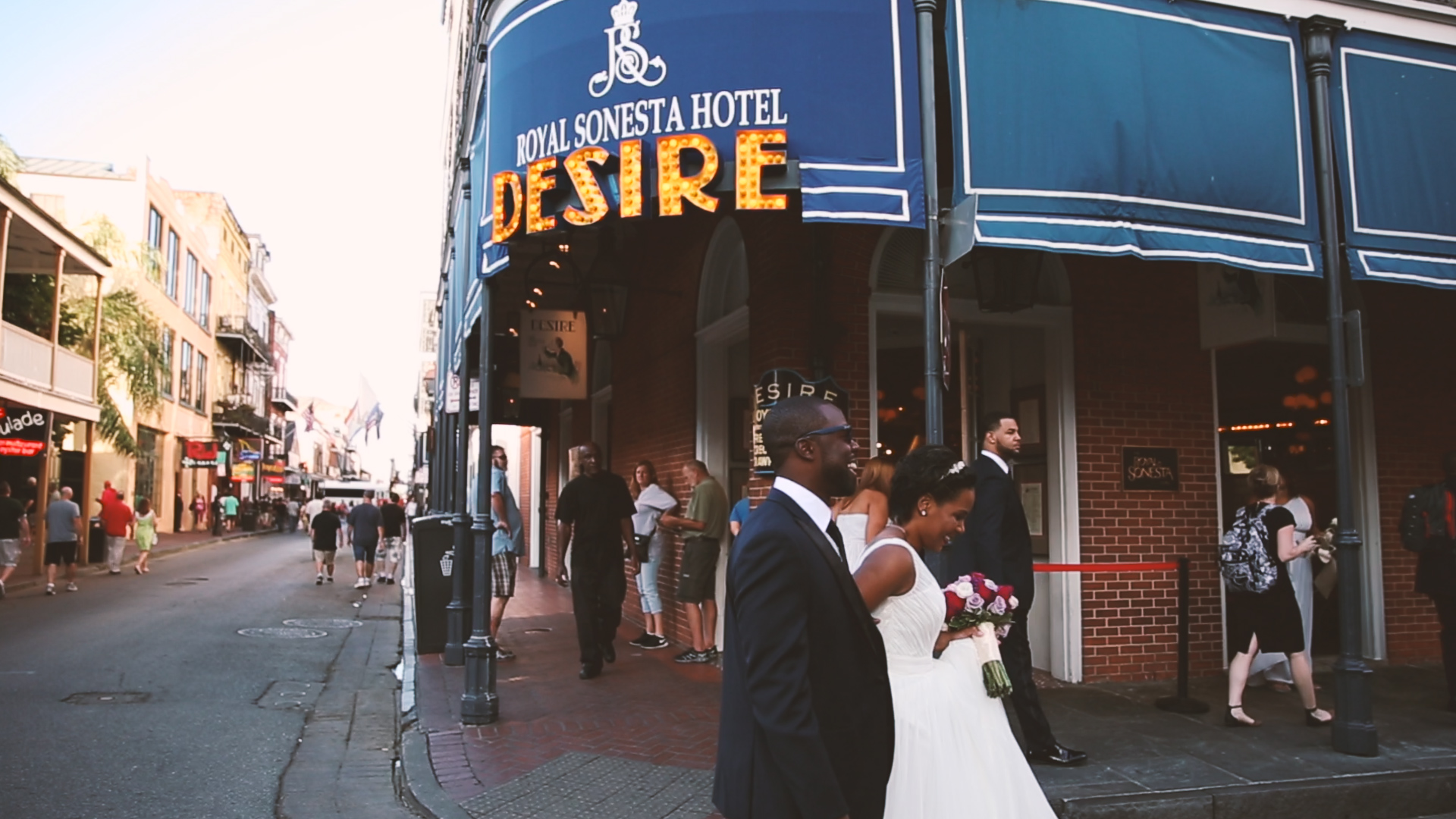 Tahis and Chris walked the streets of New Orleans with CR Photo snapping priceless photos along the way.