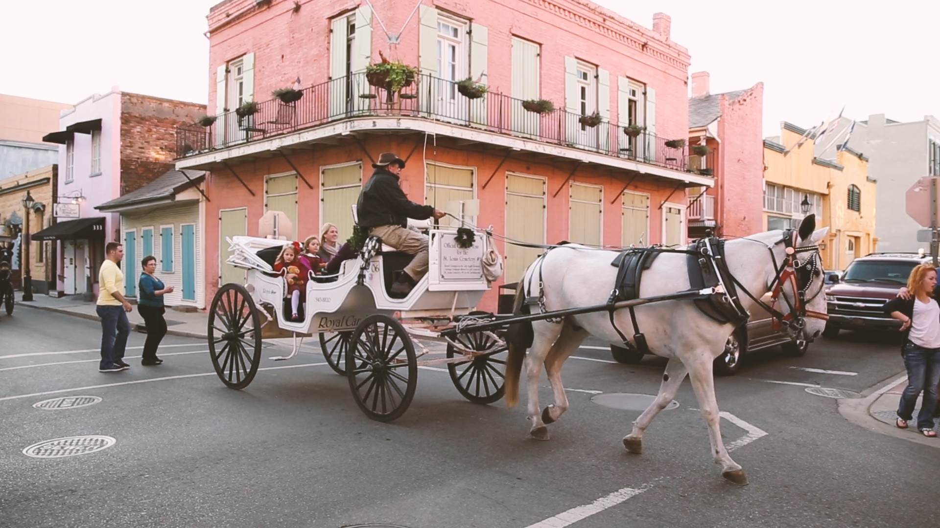 New Orleans provides the most colorful, vibrant backdrops for weddings.