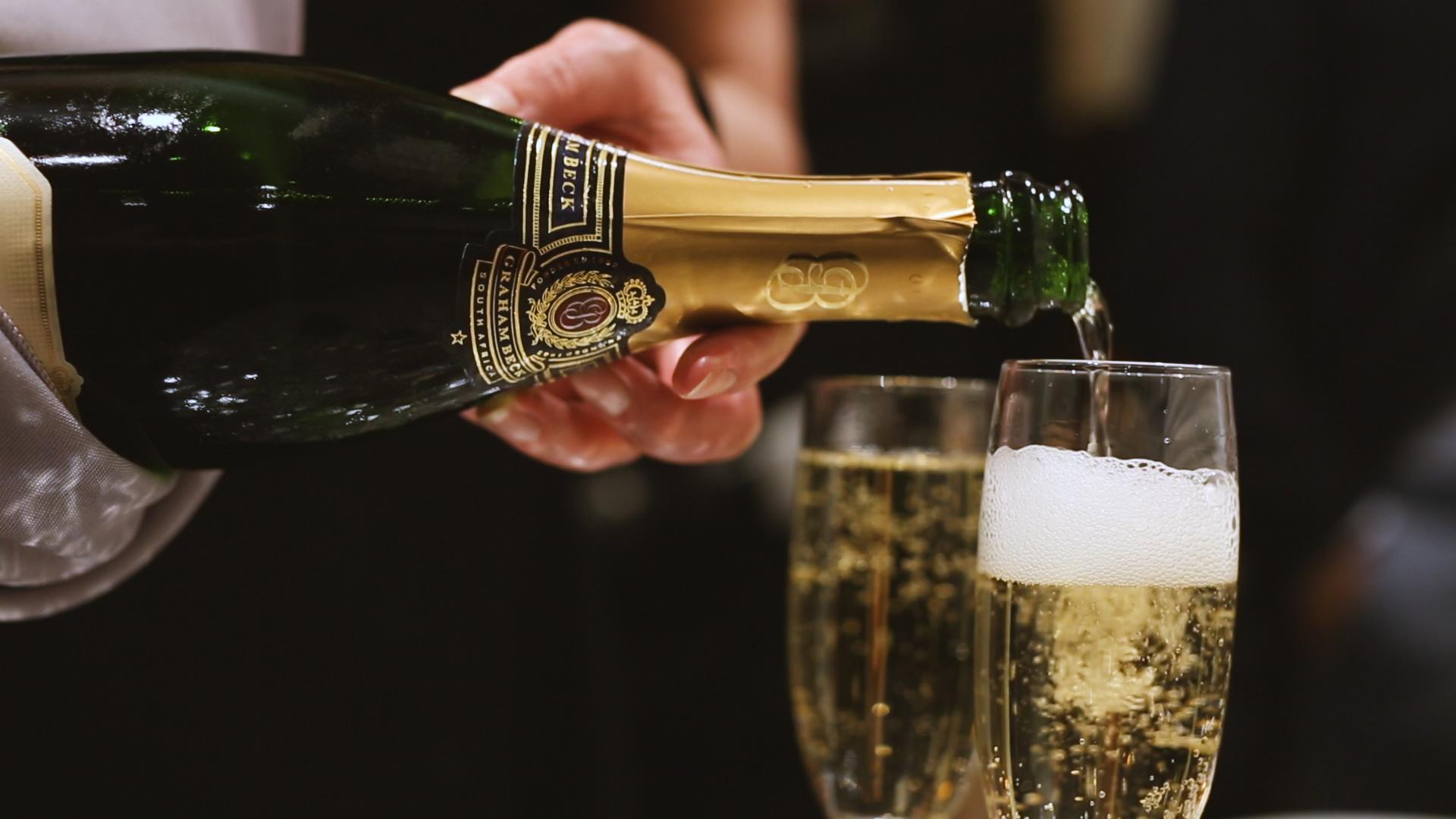 Champagne - Bride Film