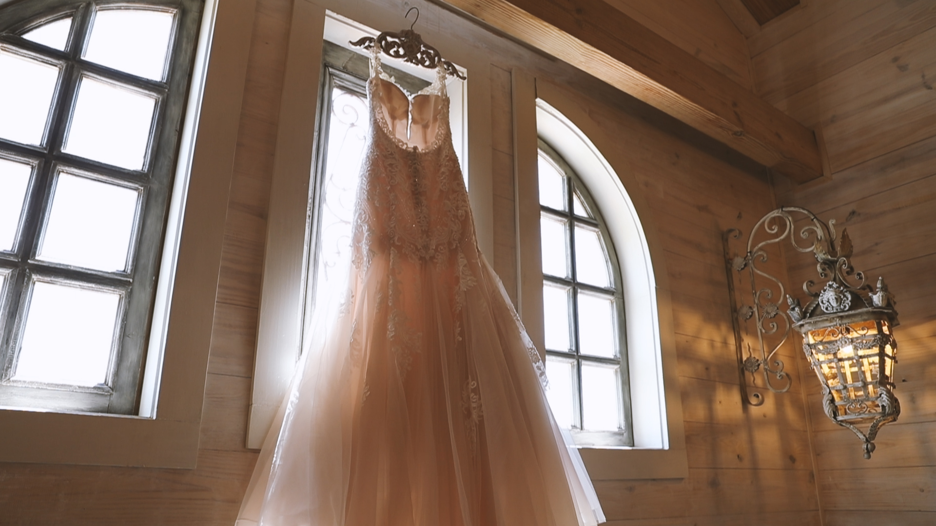 Amanda and Hayden_The White Magnolia Farm Weddings_New Orleans videographer_Whittington Bridal dres