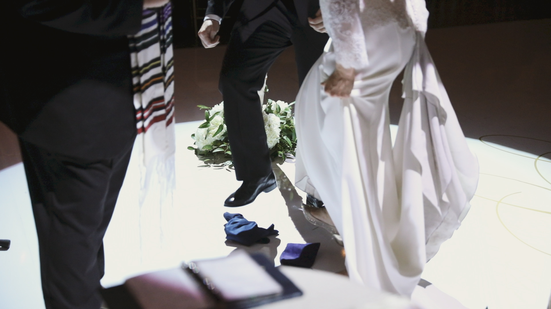 Colleen and Charles_Urban Contemporary Arts Center Wedding_New Orleans videographer_jewish glass wedding