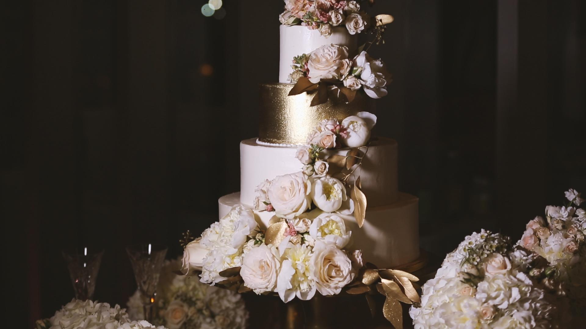 BrideFilm_Baton Rouge Wedding Videography_wedding cake detail