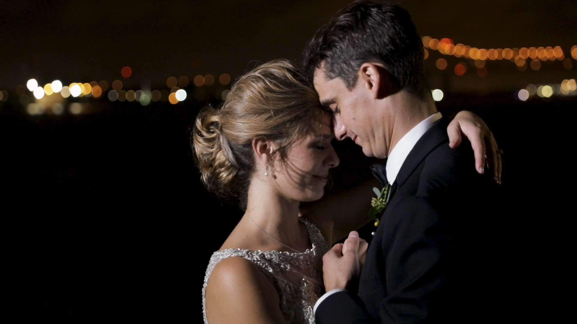 New Orleans Wedding Videography_Marianne and Clark_Wedding picture pose
