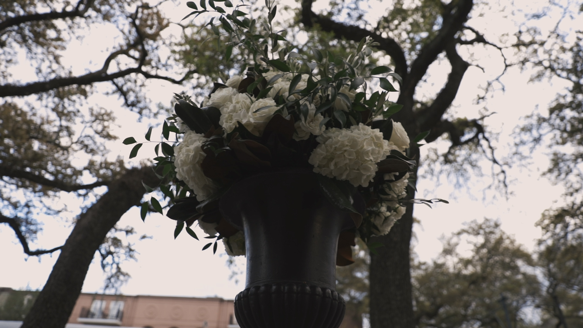 New Orleans Wedding Video_Elms Mansion_Paige and Travis_florals