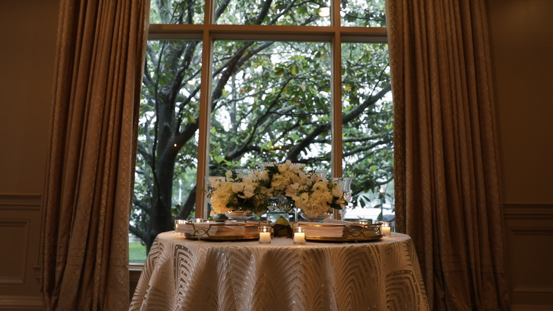 New Orleans Wedding Video_Sibyl and Charles_welcome table
