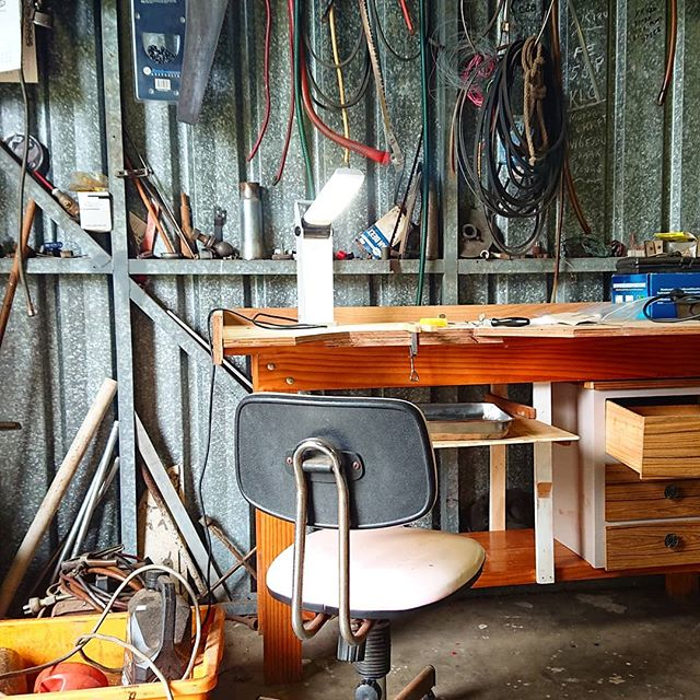 After a tiny bit of demanding/pleading Dad upcycled me a jewellers bench. And it's even allowed to stay in the sacred space that is his shed. Both things are big wins. BIG.  #jewellersbench #jewelleryworkshop #jewellerybench #workbench #shed #shedlife