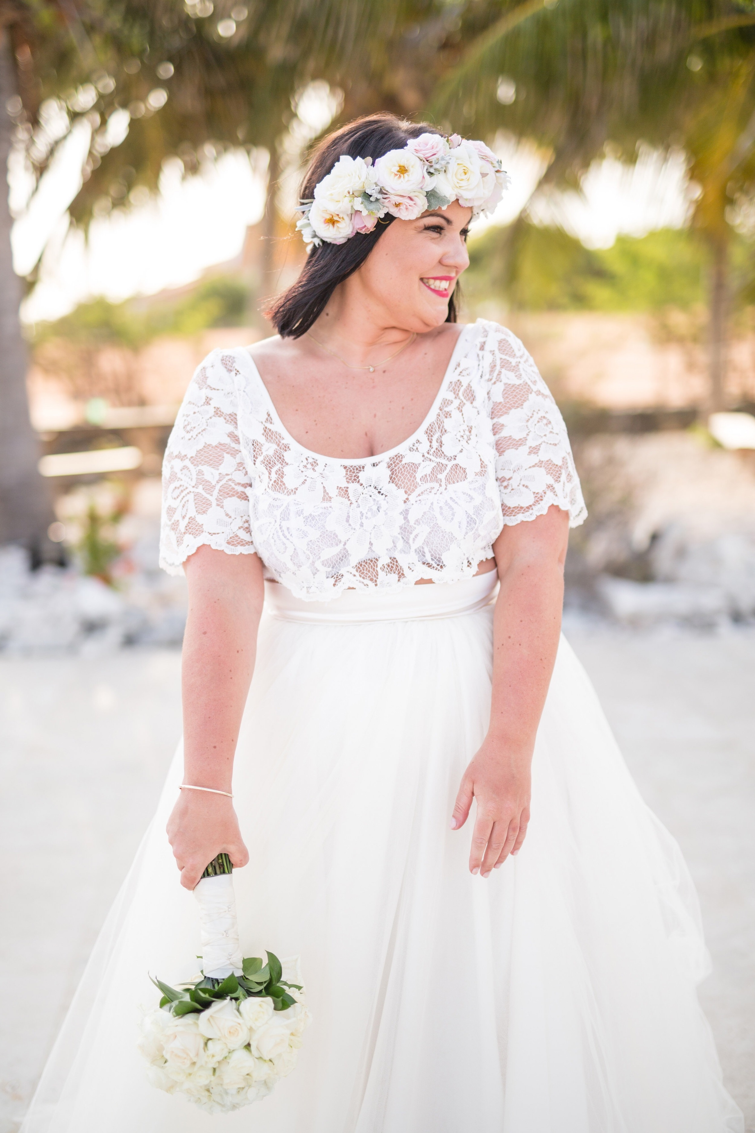 Beautiful bride Hannah wore a bespoke cropped Italian Lace tee and the Dita soft tulle skirt by Halfpenny London