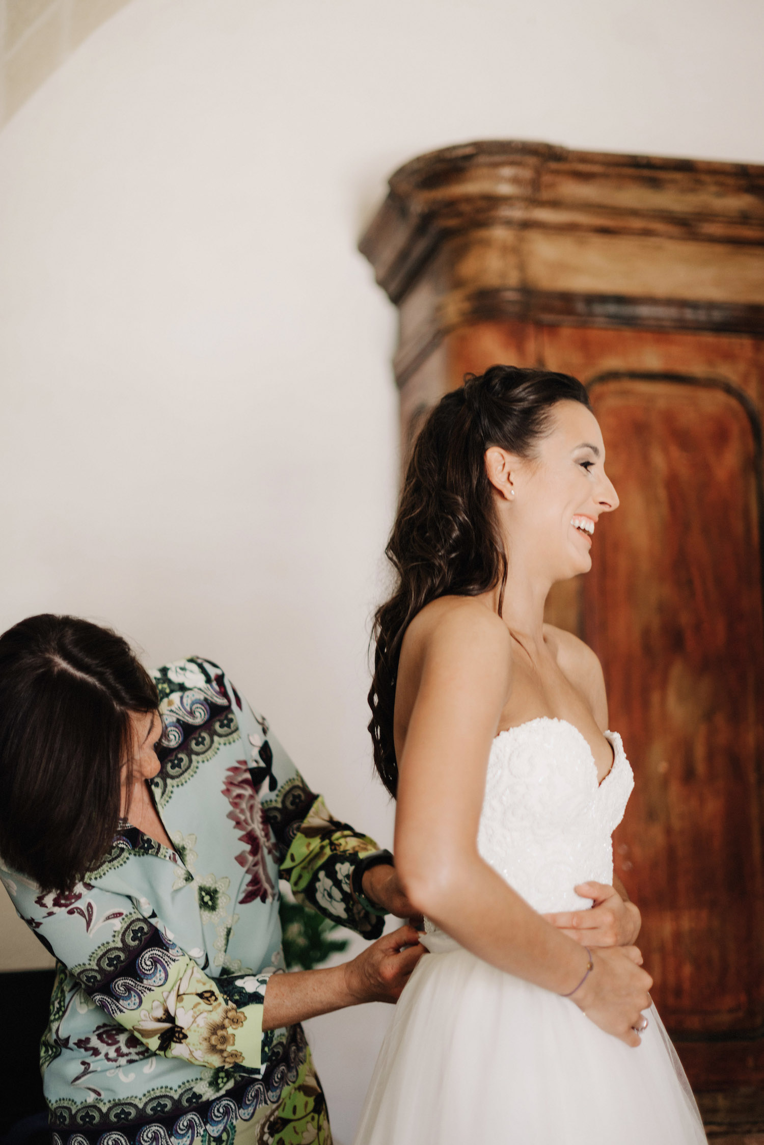Beatiful Charlotte wore a Halfpenny London wedding dress on her big day