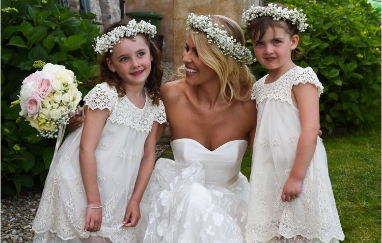 Lovely bride Fiona wears a wedding dress by Halfpenny London