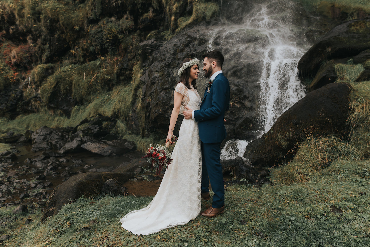 Beautiful bride Lisa wore a Lydia Rose Halfpenny London wedding dress | Image by Neil Thomas Douglas | Iceland wedding