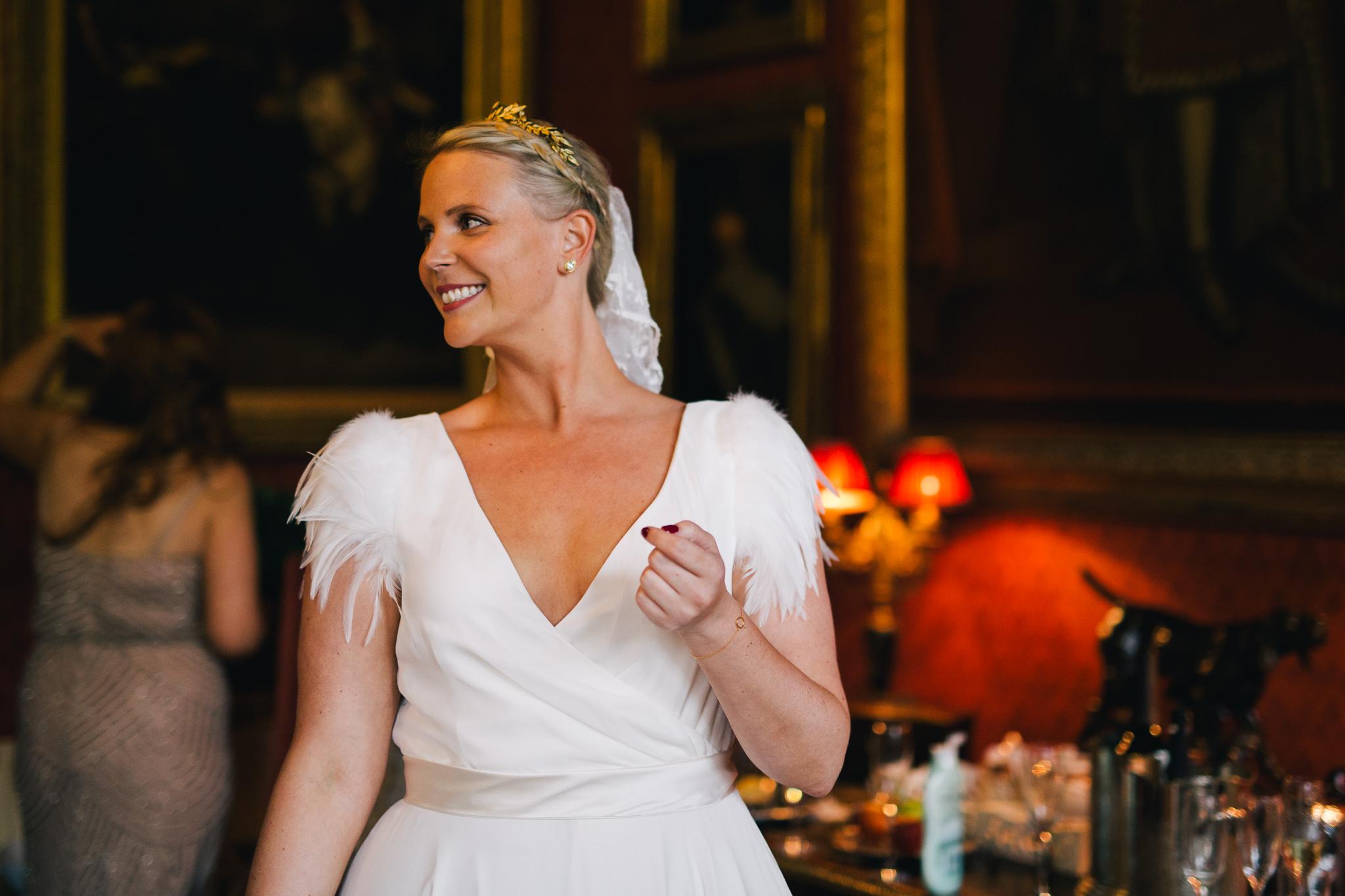 Beautiful bride Rebecca wore a wedding dress by Halfpenny London