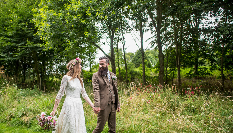 Beautiful bride Rebecca wore a wedding dress by Halfpenny London