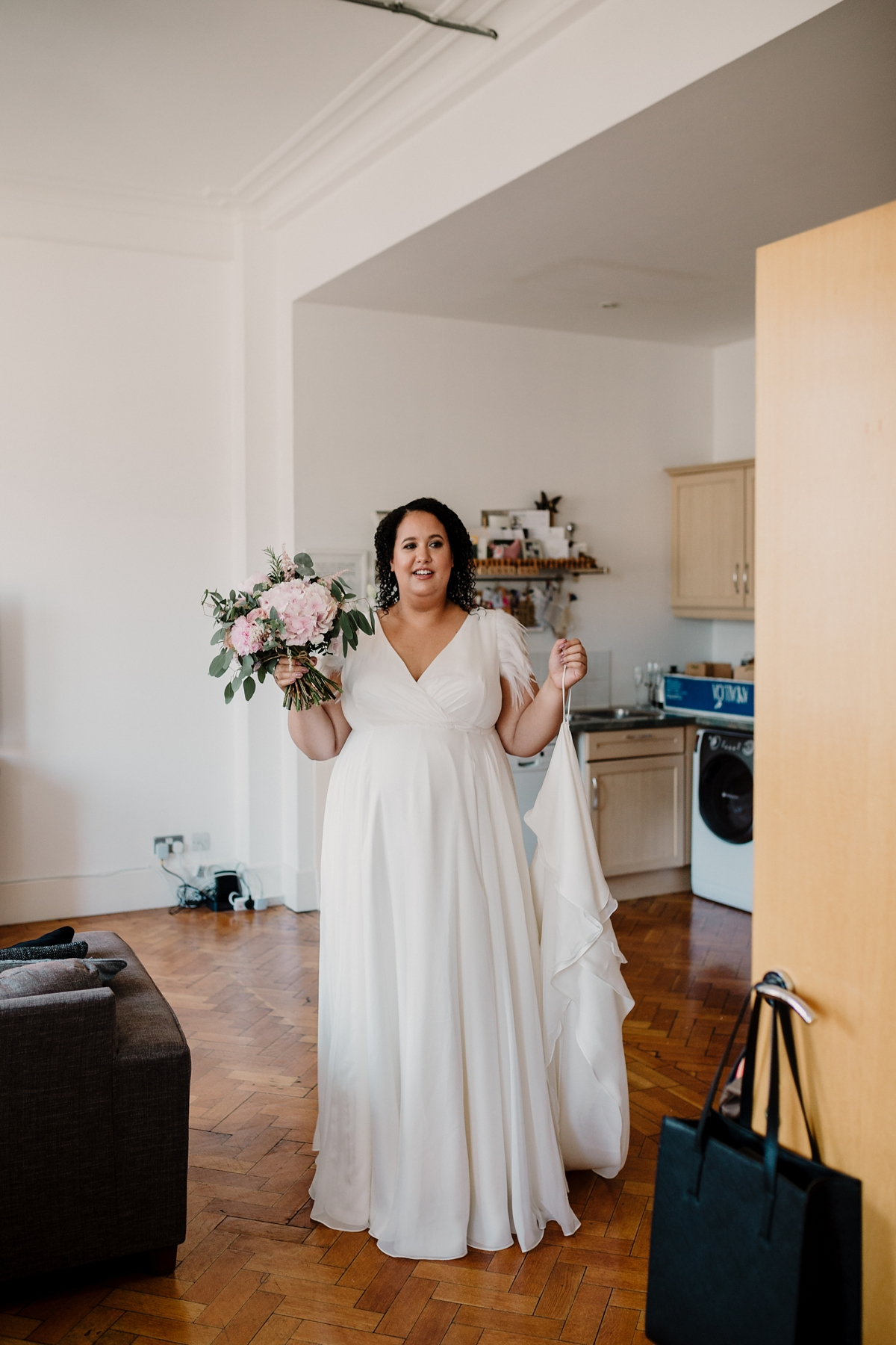 Beautiful and pregnant bride Lianne wore a Halfpenny London wedding dress