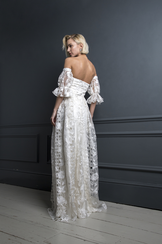 SAMSON CORSET , HUGO SLEEVES & SAMSON SKIRT | WEDDING DRESS BY HALFPENNY LONDON