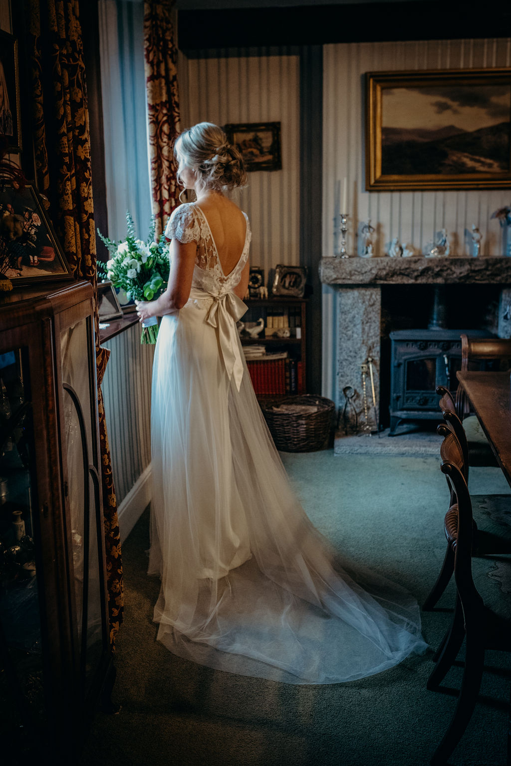 Beautiful bride Harriet wore a wedding dress by Halfpenny London