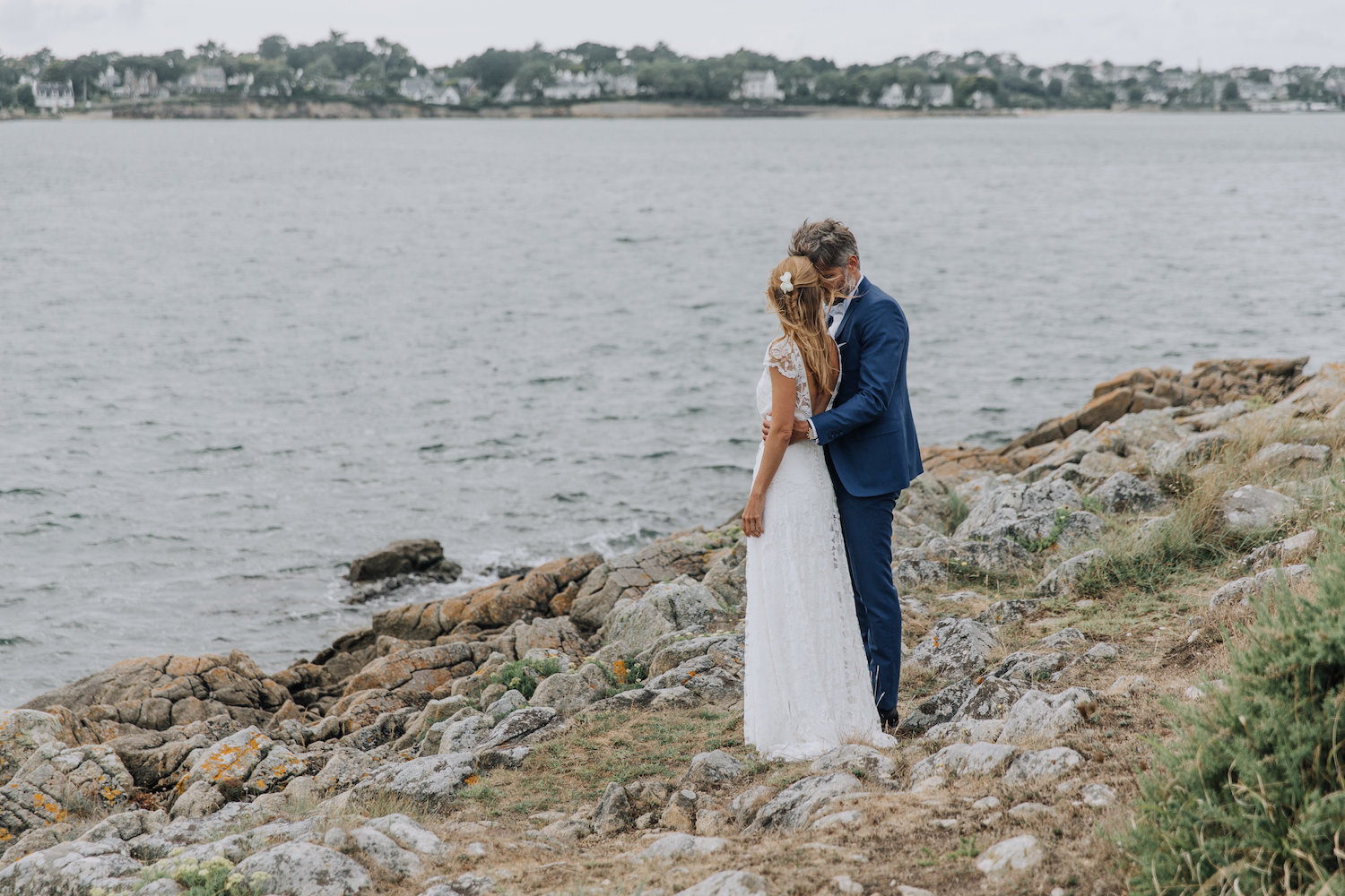 Beautiful bride Dorothee wore a wedding dress by Halfpenny London