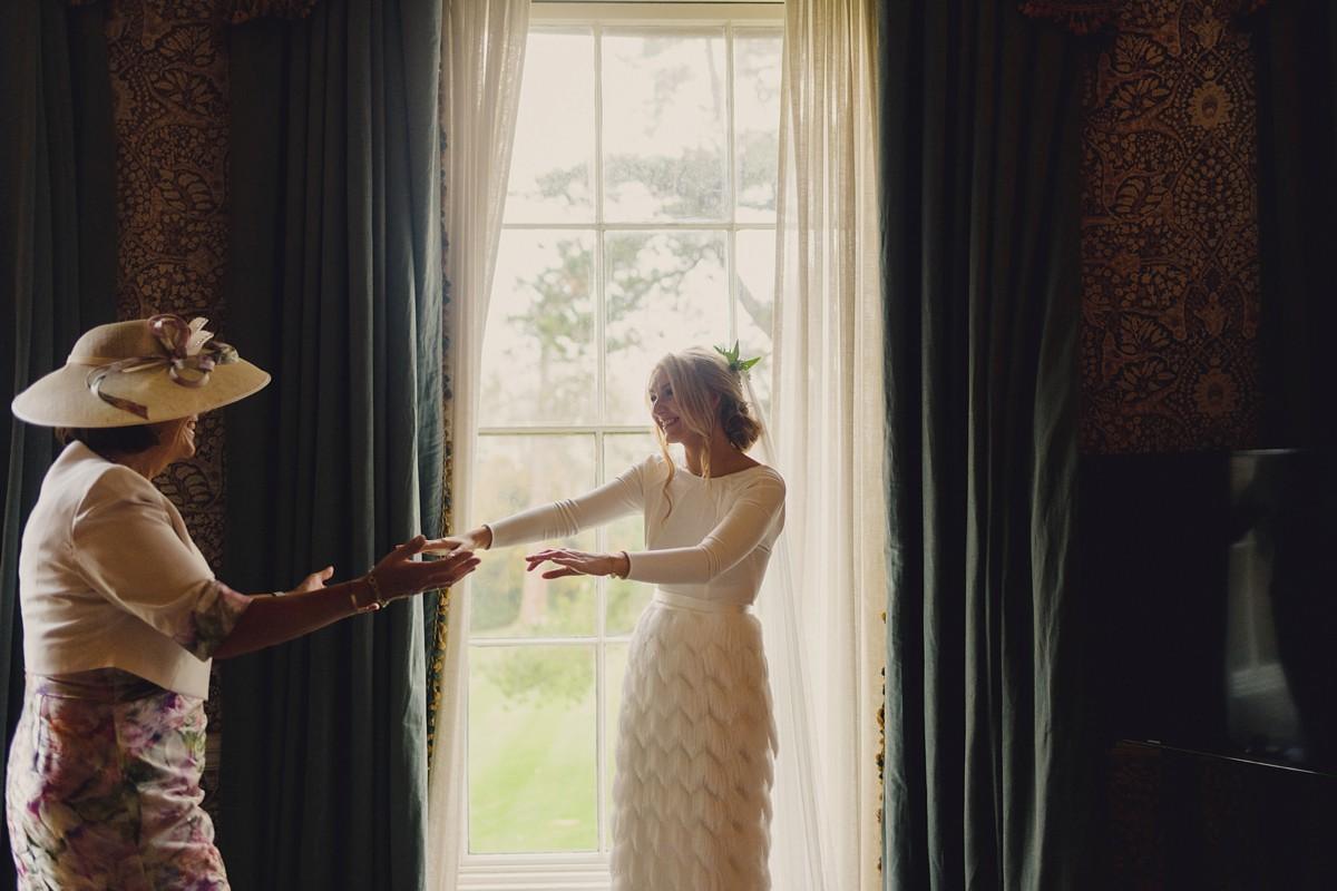 Beautiful bride Leanne wore a wedding dress by Halfpenny London
