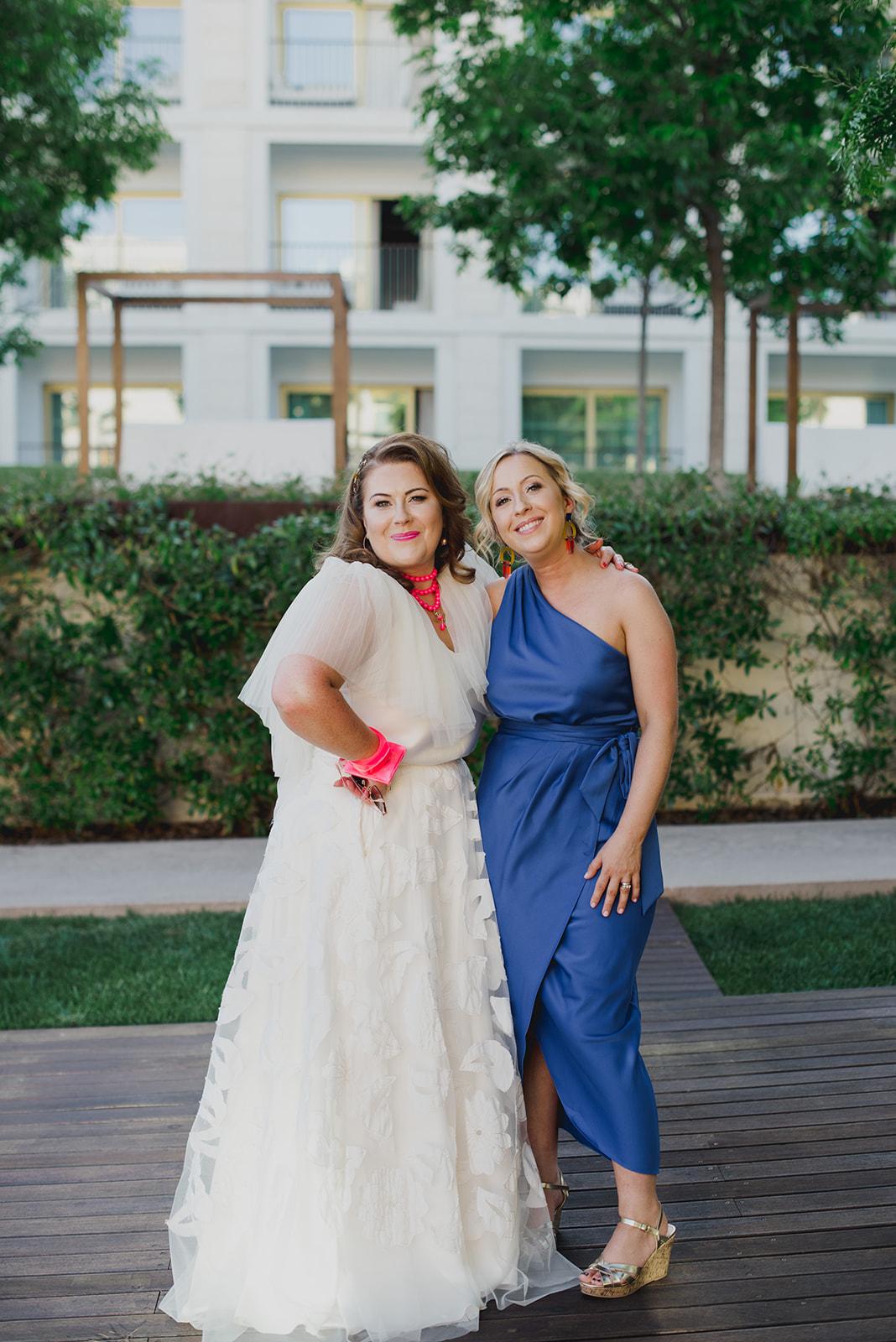 Beautiful bride Riki wore a wedding dress by Halfpenny London