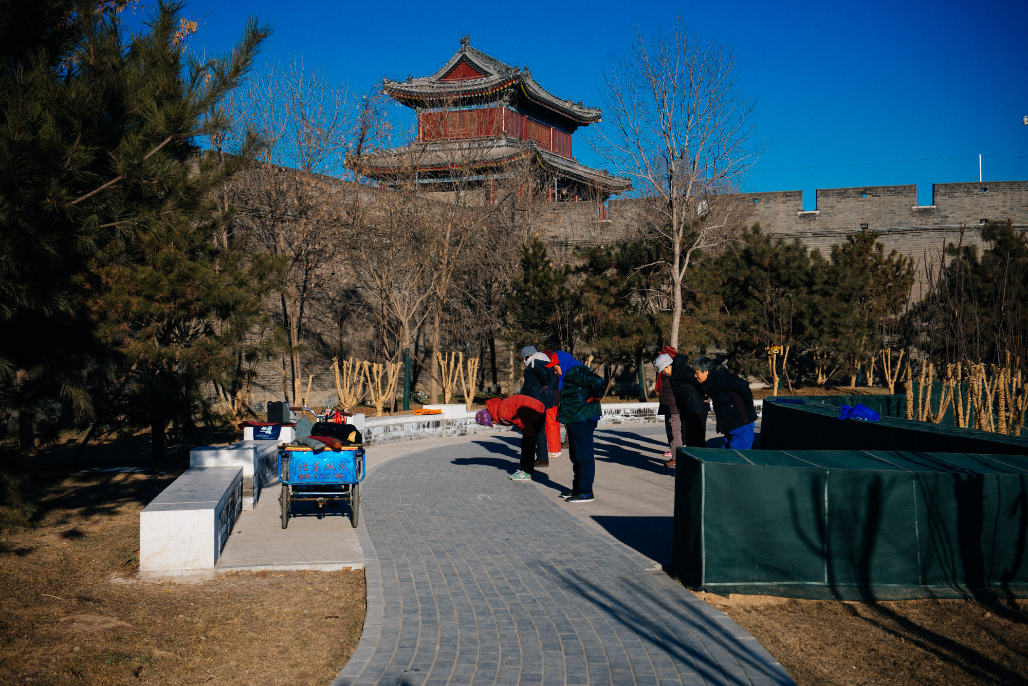 It was a very cold winter morning that day. At 8 am a group of senior citizens danced to a song outside Wanping fortress.