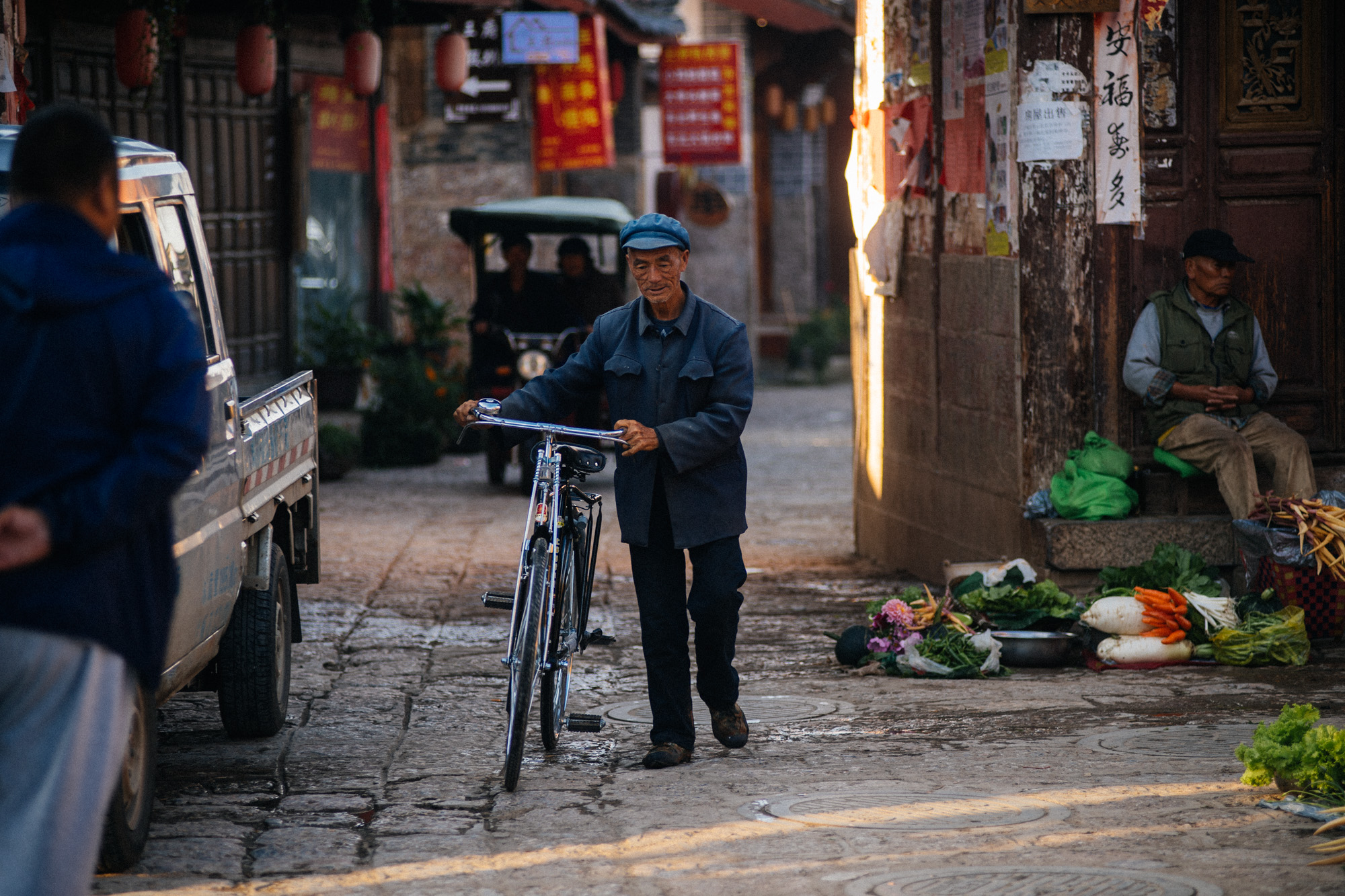 Bicycles and motorized three-wheelers are the most used means of transportation in Baisha.
