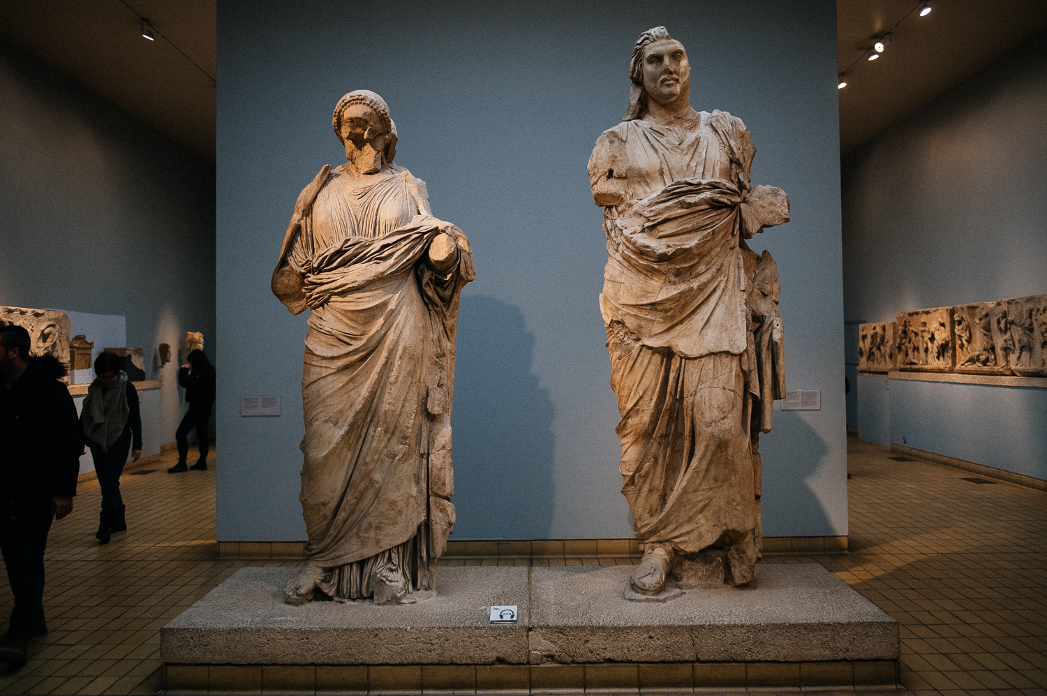 Here are the statues of Artemisia and Maussollos himself, which were at the very top, inside a chariot pulled by four horses. The plaques at the British Museum point out that there is no concrete evidence that these are the images of Artemisa and Maussollos, but it's likely they are.