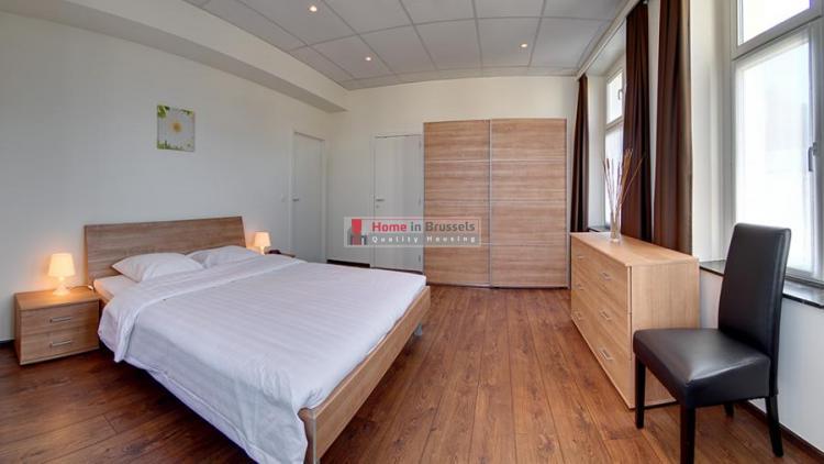 livorno-apt3a-bedroom1.jpg